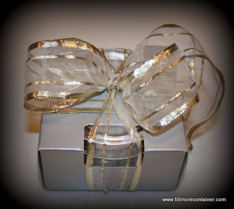 Jar in single pack box with Silver Gold bow