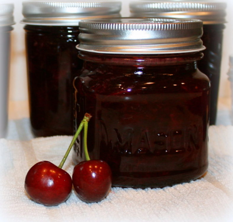 Cherry Vanilla Jam Mason Jar