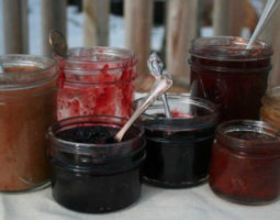 Low Sugar Jam in Glass Jars
