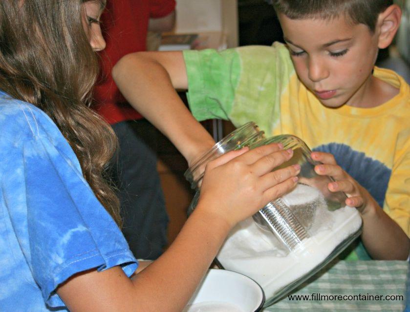 Kids Measuring Sugar - Fillmore Container