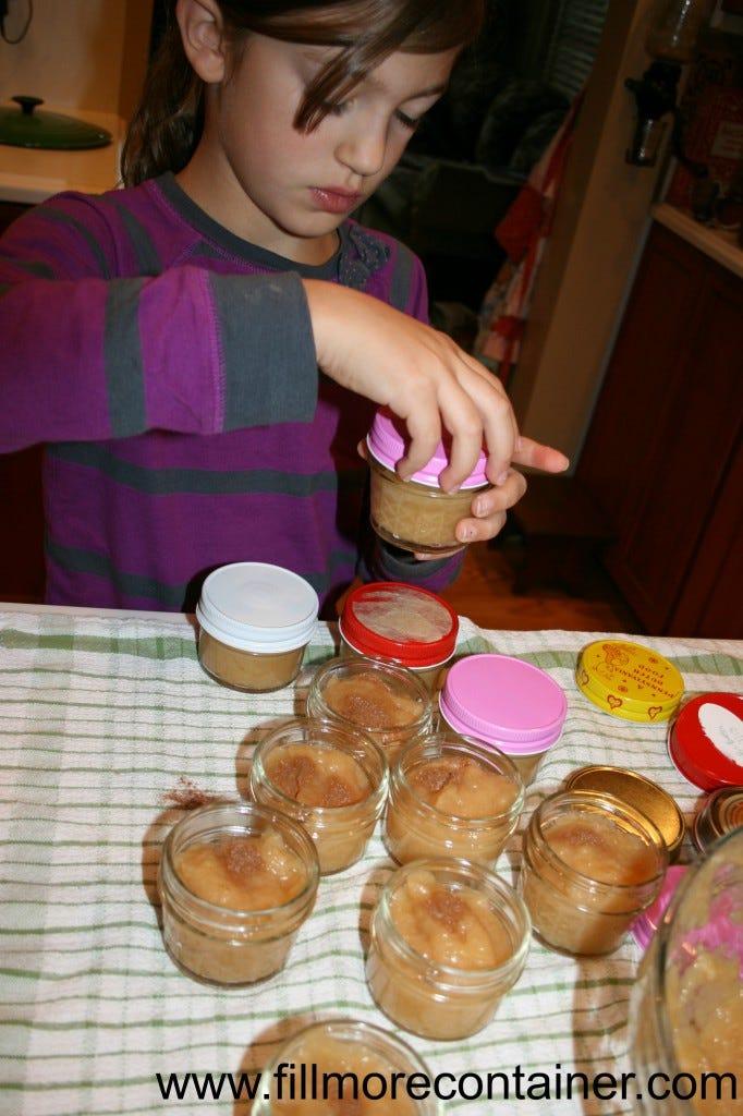 Lidding Applesauce for the Freezer