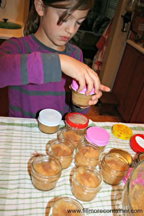 Lidding Applesauce for the Freezer - FillmoreContainer