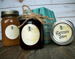 CanningCrafts_vintage-honey-bee-label-