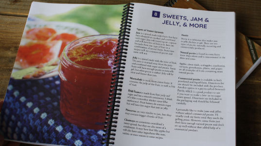Simply Canning Book Jams